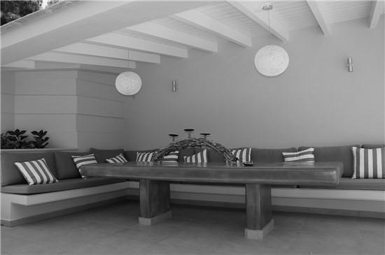 Building renovation,Voula